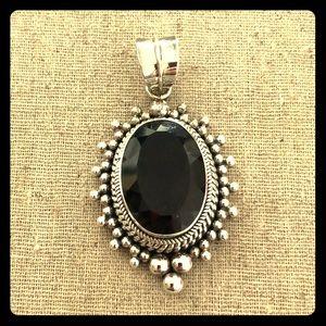 Jewelry - Silver and dark smoky topaz necklace enhancer